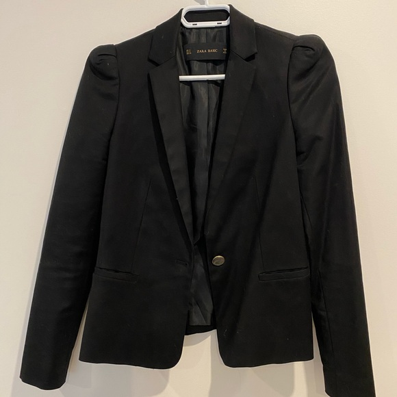 Zara puff shoulder black blazer